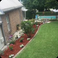 PLANTING-AND-MULCHING